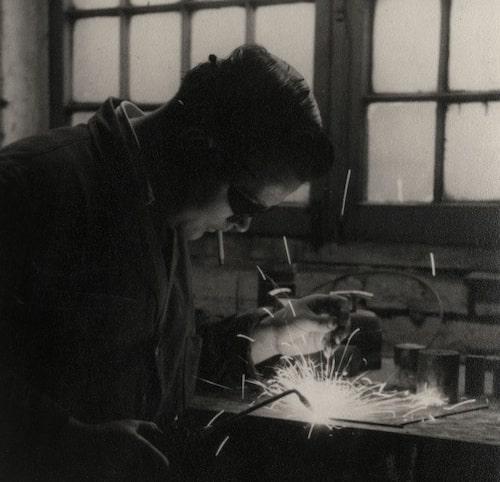 Bernard Schottlander designer af Mantis lamperne