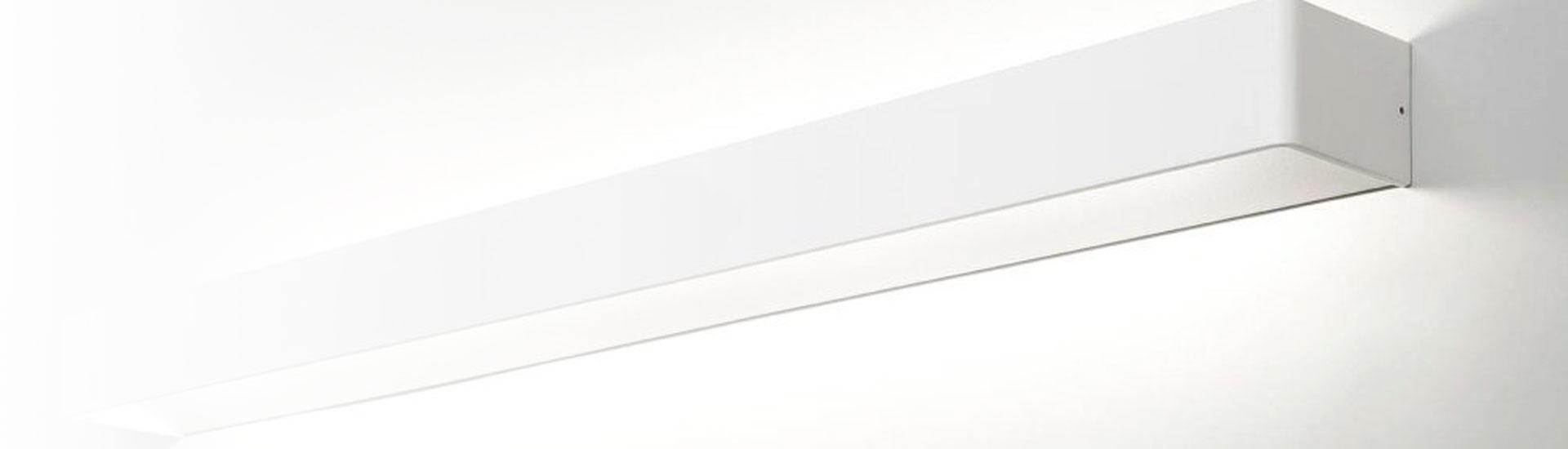 Inspiration til badeværelsets lamper - online køb og professionel vejledning